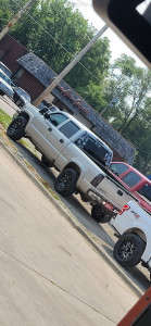 """2005 Chevrolet Silverado 1500 HD - 20x9 10mm - Fuel Blitz - Stock Suspension - 33"""" x 10.5"""""""