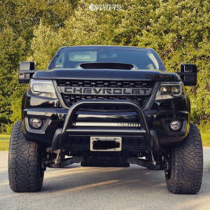 "2019 Chevrolet Colorado - 20x12 -44mm - RBP 89r - Suspension Lift 6"" - 33"" x 12.5"""