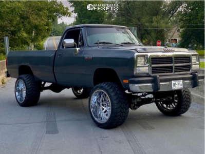 "1991 Dodge W250 - 22x14 -76mm - TIS 544c - Suspension Lift 5"" - 33"" x 14.5"""