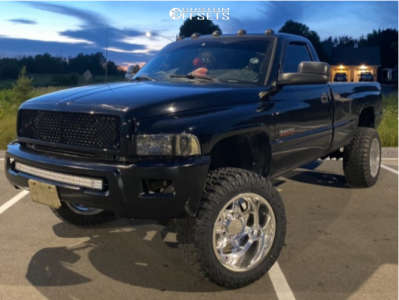 "1999 Dodge Ram 2500 - 20x12 -51mm - Cali Offroad Sevenfold - Leveling Kit - 33"" x 12.5"""
