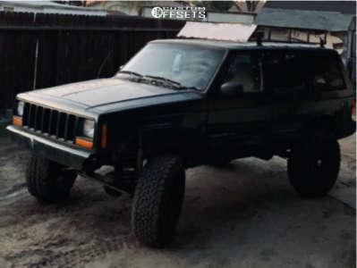 "1999 Jeep Cherokee - 15x8.5 0mm - Cragar 397 - Suspension Lift 3.5"" - 32"" x 11.5"""