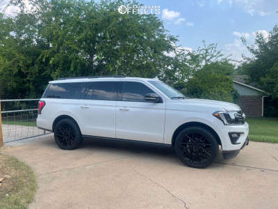 """2021 Ford Expedition - 24x9.5 30mm - Status Griffin - Stock Suspension - 33"""" x 11.5"""""""