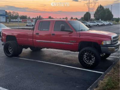 "1996 Dodge Ram 3500 - 22x12 -44mm - Fuel Throttle - Suspension Lift 3"" - 35"" x 12.5"""