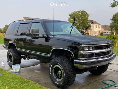 "1999 Chevrolet Tahoe - 16x10 0mm - Ion Alloy 174 - Suspension Lift 6"" - 315/75R16"