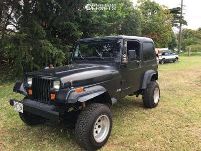"1993 Jeep Wrangler - 15x14 0mm - American Racing Nitro - Suspension Lift 3"" - 31"" x 10.5"""