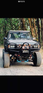 """1994 Toyota Pickup - 15x11.5 -43mm - Fuel Lethal D567 - Suspension Lift 6"""" & Body 3"""" - 32"""" x 11.5"""""""
