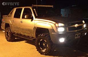 "2003 Chevrolet Avalanche - 16x8 0mm - Moto Metal MO951 - Suspension Lift 5"" - 37"" x 12.5"""