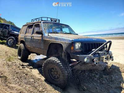 "1992 Jeep Cherokee - 15x8 -24mm - Raceline Scout - Suspension Lift 4.5"" - 33"" x 12.5"""