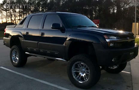 "2004 Chevrolet Avalanche - 20x10 -18mm - Moto Metal Mo951 - Suspension Lift 6.5"" - 325/60R20"