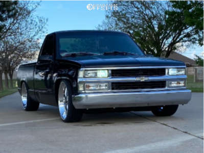 """1998 Chevrolet C1500 - 22x11.5 33mm - US Mags C-ten - Lowered 6+F / 8+R - 27"""" x 10.5"""""""