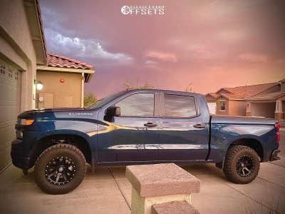 2021 Chevrolet Silverado 1500 - 17x8.5 0mm - Icon Alloys Rebound - Leveling Kit - 285/70R17
