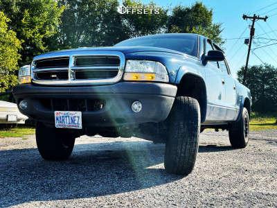 "2004 Dodge Dakota - 17x9 6mm - American Outlaw Buckshot - Stock Suspension - 30"" x 10.5"""