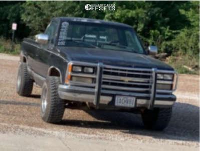 "1989 Chevrolet K1500 - 15x10 -44mm - U.S. Wheel 97 Series - Stock Suspension - 31"" x 10.5"""