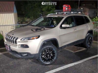 "2015 Jeep Cherokee - 17x7.5 30mm - Mayhem Warrior - Leveling Kit - 29"" x 7.5"""