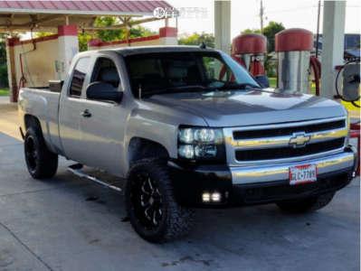 "2007 Chevrolet Silverado 1500 - 20x10 -24mm - XD Buck 25 - Leveling Kit & Body Lift - 33"" x 12.5"""