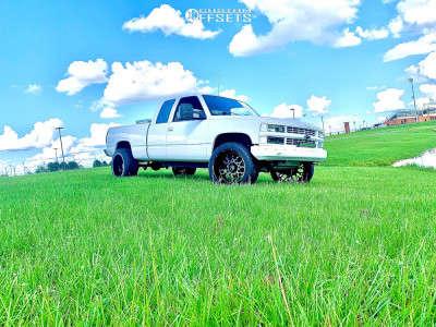 "1995 Chevrolet K1500 - 22x12 -51mm - Vision Rocker - Suspension Lift 2.5"" - 33"" x 12.5"""