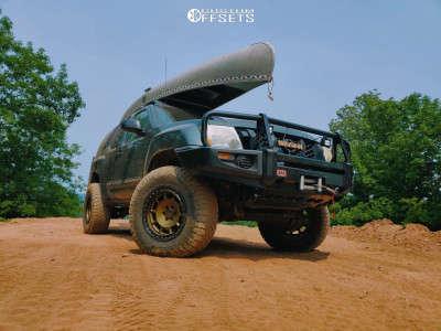 "2006 Nissan Xterra - 17x11 -24mm - Fifteen52 Offroad Traverse Hd - Suspension Lift 3"" - 285/70R17"