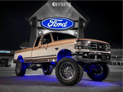"""1997 Ford F-250 - 20x10 -25mm - Ultra Hunter - Suspension Lift 6.5"""" - 37"""" x 13.5"""""""