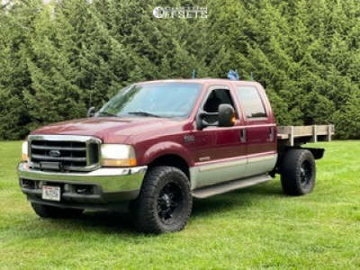 """2004 Ford F-250 - 20x10 -24mm - Fuel Hostage D531 - Stock Suspension - 35"""" x 13.5"""""""