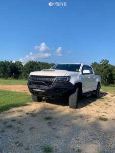 "2019 Chevrolet Colorado - 19x10.5 -6.35mm - Reps Snowflakes - Leveling Kit - 27"" x 10.5"""