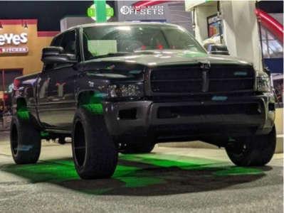 "2002 Dodge Ram 2500 - 20x12 -44mm - RBP 74r - Leveling Kit - 32"" x 12.5"""