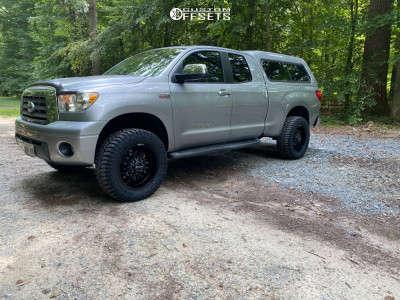 "2007 Toyota Tundra - 20x9 -12mm - Mickey Thompson Mm-489 - Suspension Lift 3.5"" - 35"" x 11.5"""