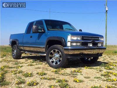 1998 Chevrolet K1500 - 18x9 -12mm - Mayhem Riot - Stock Suspension - 285/65R18