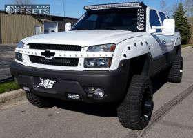 "2003 Chevrolet Avalanche - 20x12 -44mm - TIS 538MB - Suspension Lift 6"" - 33"" x 12.5"""