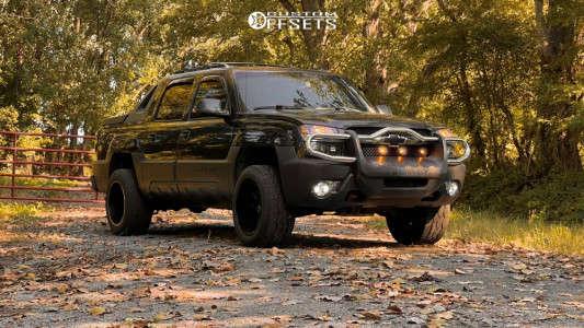 "2003 Chevrolet Avalanche 1500 - 20x12 -44mm - Motiv Offroad Magnus 423b - Suspension Lift 2.5"" - 305/50R20"