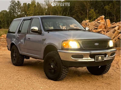 """1997 Ford Expedition - 17x7 0mm - XD Rockstar - Suspension Lift 6"""" - 35"""" x 12.5"""""""