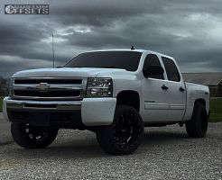 "2010 Chevrolet Silverado 1500 - 20x12 -44mm - Moto Metal MO962 - Suspension Lift 4"" - 305/50R20"