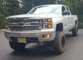 "2014 Chevrolet Silverado 1500 - 20x12 -44mm - Fuel Throttle - Suspension Lift 8"" - 35"" x 12.5"""