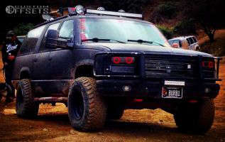 """1994 Chevrolet K1500 Suburban - 15x10 -48mm - Pacer LT 164B - Leveling Kit - 33"""" x 12.5"""""""