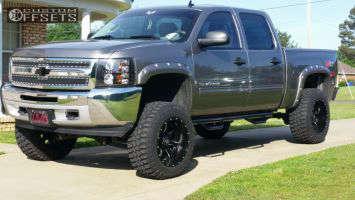"2013 Chevrolet Silverado 1500 - 20x12 -44mm - Fuel Maverick - Suspension Lift 8"" - 35"" x 12.5"""