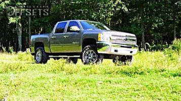 "2013 Chevrolet Silverado 1500 - 18x10 0mm - XD Riot - Suspension Lift 6"" - 35"" x 12.5"""