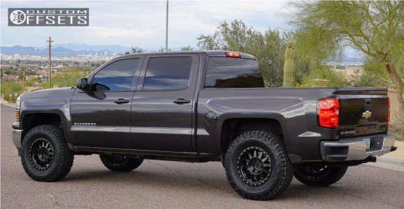 "2014 Chevrolet Silverado 1500 - 18x9 18mm - Method Double Standard - Suspension Lift 4.5"" - 35"" x 12.5"""