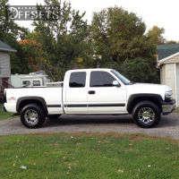 2000 Chevrolet Silverado 1500 - 17x9 -12mm - Moto Metal MO951 - Leveling Kit - 295/70R17