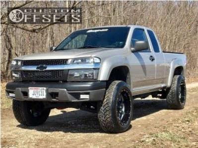 "2004 Chevrolet Colorado - 20x10 -24mm - Moto Metal Mo970 - Suspension Lift 3.5"" - 275/55R20"