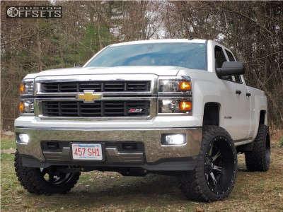 """2014 Chevrolet Silverado 1500 - 22x12 -44mm - Fuel Nutz - Suspension Lift 4.5"""" - 33"""" x 12.5"""""""