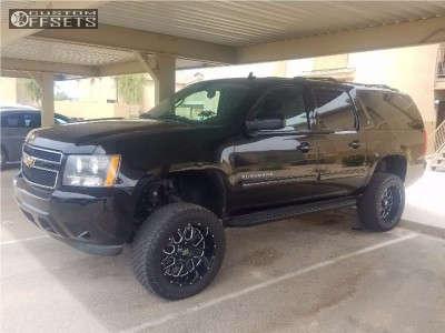 """2011 Chevrolet Suburban - 20x10 -24mm - XD xd25 - Suspension Lift 7.5"""" - 33"""" x 12.5"""""""