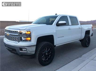 "2014 Chevrolet Silverado 1500 - 20x9 0mm - XD Buck - Suspension Lift 4"" - 305/55R20"