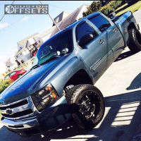2009 Chevrolet Silverado 1500 - 20x12 -44mm - Fuel Hostage - Leveling Kit - 305/55R20