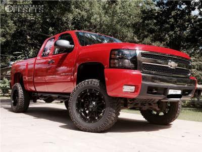 """2007 Chevrolet Silverado 1500 - 20x10 -24mm - Fuel Hostage - Suspension Lift 7.5"""" - 35"""" x 12.5"""""""