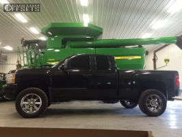 "2011 Chevrolet Silverado 1500 - 20x9 0mm - Moto Metal MO962 - Suspension Lift 5"" - 305/55R20"