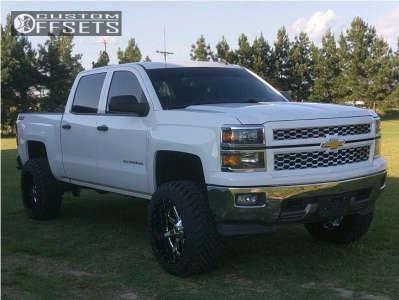"""2014 Chevrolet Silverado 1500 - 22x12 -44mm - Fuel Maverick D260 - Suspension Lift 7"""" - 35"""" x 12.5"""""""