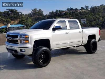 "2014 Chevrolet Silverado 1500 - 20x12 -44mm - Moto Metal Mo969 - Suspension Lift 6.5"" - 305/55R20"