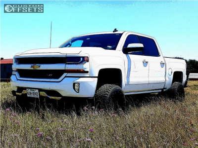"""2016 Chevrolet Silverado 1500 - 22x12 -44mm - Gear Off-Road Big Block - Suspension Lift 6"""" - 305/45R22"""