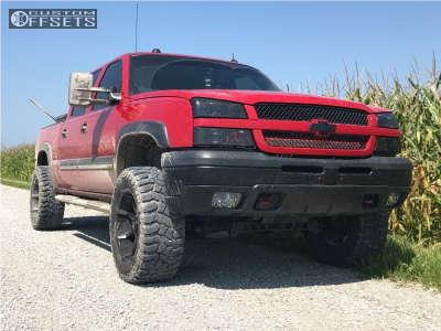"""2005 Chevrolet Silverado 1500 - 20x10 -24mm - Fuel Coupler - Suspension Lift 4"""" - 305/55R20"""