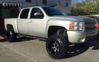 """2011 Chevrolet Silverado 1500 - 20x14 -76mm - Fuel Maverick D261 - Suspension Lift 7.5"""" - 35"""" x 12.5"""""""