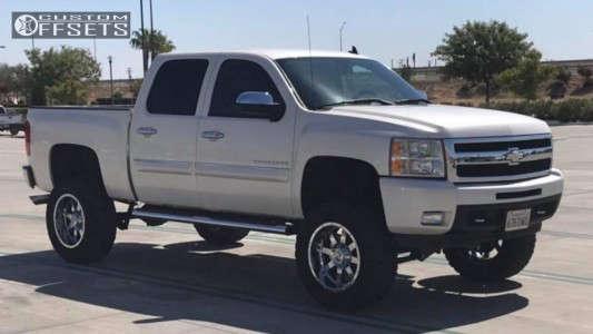 "2011 Chevrolet Silverado 1500 - 20x10 -19mm - Gear Off-Road Big Block - Suspension Lift 10"" - 35"" x 12.5"""